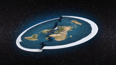 """صورة """"الأرض المسطحة"""" ببين الحقيقة العلمية والخيال"""