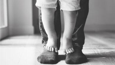 صورة تأخر المشي عند الأطفال السبب والعلاج