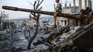 صورة صحيفة بريطانية تحـ.ـذر من خطـ.ـر محيط بالسوريين في الداخل