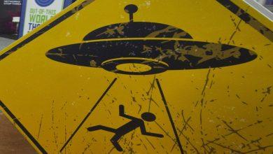 صورة وأخيراً إعلان البنتاغون عن الغـ.ـزو الفضائي.. هل توجد كائنات فضائية؟ وما علاقة الطيارين الأمريكيين بهم..!