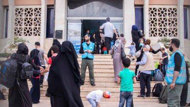 صورة فرحة عارمة تجتاح السوريون المقيمون في تركيا بلم شملهم مع أقاربهم