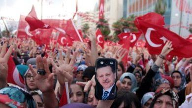 صورة الشعب التركي يرد بطـ.ـريقته على رئيس بلدية بولو بعد قرارته ضد السوريين (فيديو)