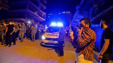 صورة عائلة تركية تفاجئ جيرانها السوريين بإسطنبول.. إليكم التفاصيل