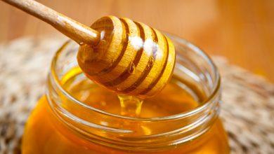 صورة الإكسير الذهبي.. بديل صحي عن السكر.. لا تنخدع بـ 5 أساطير عن العسل